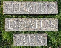 HUMUS-DOMUS-RUS-1